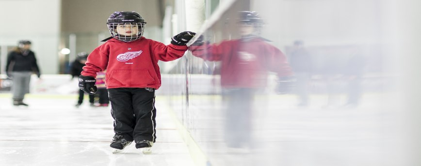 Image of child learning to skate