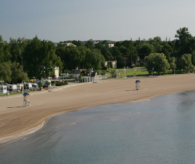 Image of Cobourg waterfront