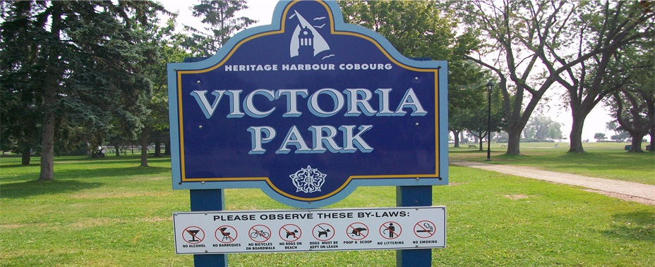 Sign of Victoria Park with Bylaw offences listed